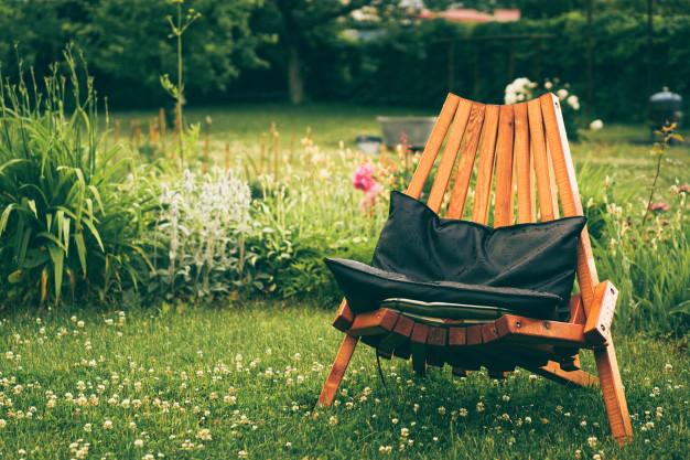 Refresh Your Yard Furniture